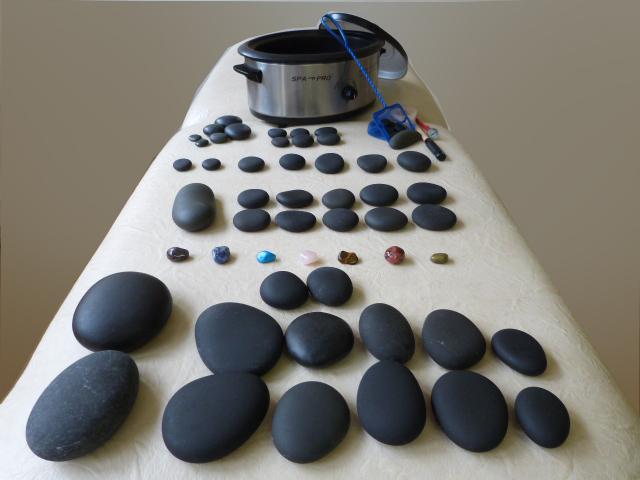 matériel massage pierres chaudes